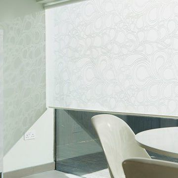 white dining room Roller Blind_Kinsey