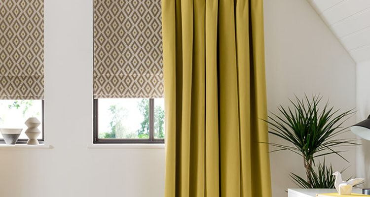 yellow roman blind - Office - Laverne-Sulphur