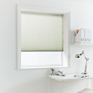 Pleated Blind_Crush Jade_Roomset