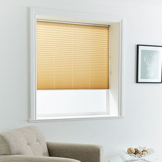 Pleated Blind_Malbec Beige_Roomset