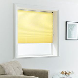 Pleated Blind_Malbec Primrose_Roomset