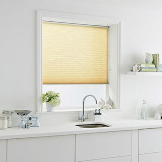 Pleated Blind_Montoya Cream_Roomset