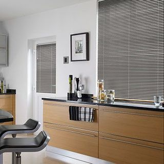 Venetian Blind_Sheer Luxury Silver Pitch_Roomset