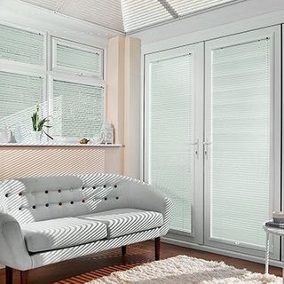 Venetian Blind_Special Finish Peppermint_Roomset