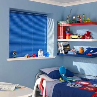 Venetian Blind_Studio Oxford Blue_Roomset