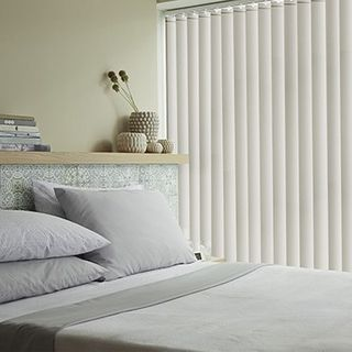 Vertical Blind_Alma Ivory_Roomset