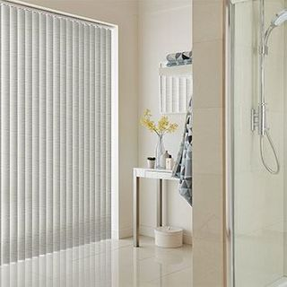 Vertical Blind_Cortina Grey_Roomset