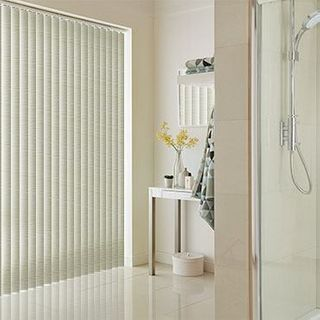 Vertical Blind_Cortina Lemon_Roomset