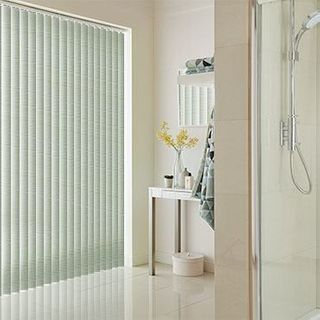 Vertical Blind_Cortina Pistachio_Roomset