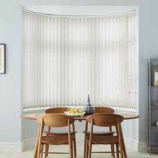 Vertical Blind_Iowa Linen_Roomset