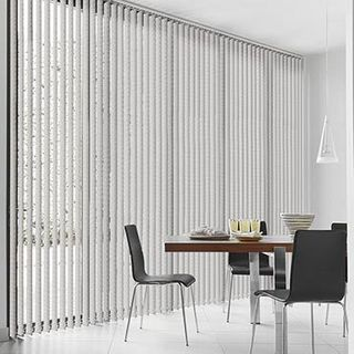 Vertical Blind_Travis Grey_Roomset