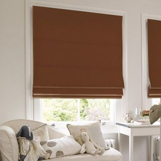 Roman Blind_Tetbury Coffee_Roomset