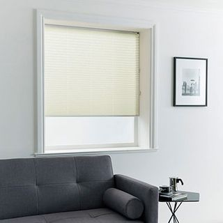 Pleated Blind_Sasso Cream_Roomset