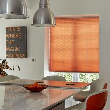Pleated Blind_Moreno Rust_Kitchen