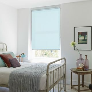 Roller Blind_Acacia Azure_Roomset