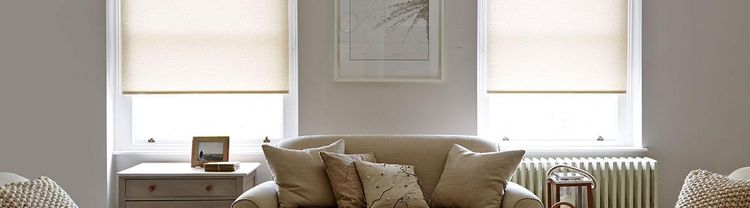 Cream-roller-blind-Living-room-Lopez-malt