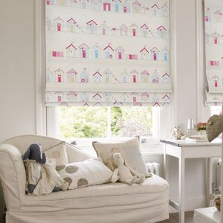 Roman Blind_Beach Huts Pink_Roomset
