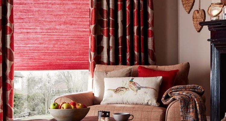 red-pleated---living-room---grenoble-plum
