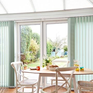 Vertical Blind Cortina Pistachio Conservatory