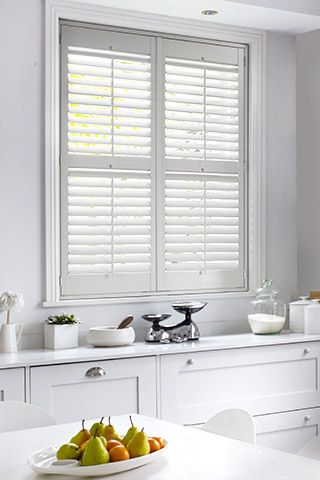 Shutter-kitchen-white-full-height