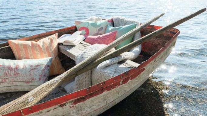 Natur cushion collection rowing boat
