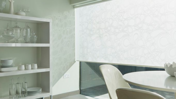 Kinsey-white-Roller-blind-dining-room