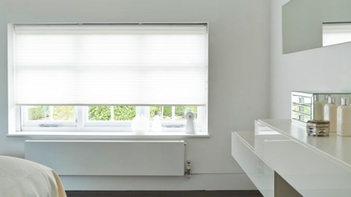Midas-White-Pleated-blind-bedroom