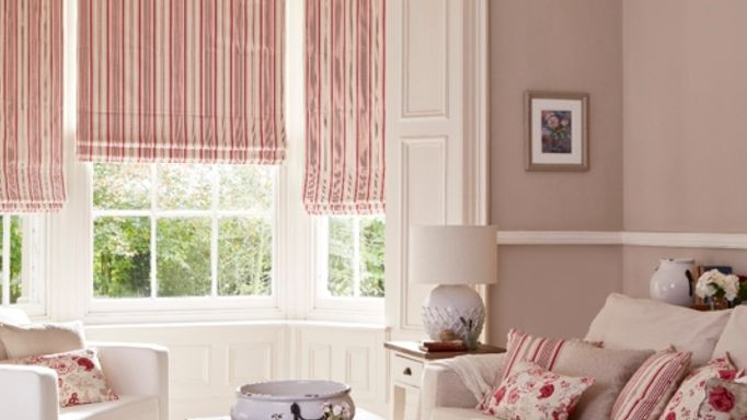 Hatti Raspberry Roman blinds