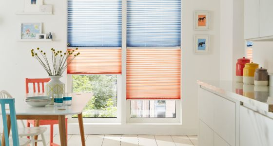 Day and night transition blinds blue orange kitchen -