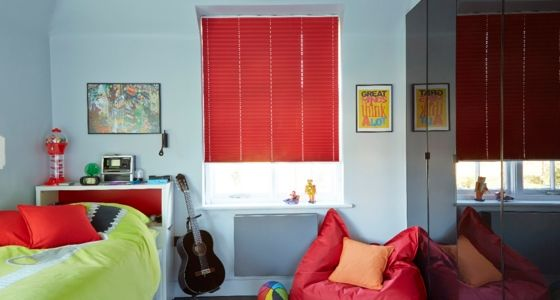 Lanbury Red Pleated blind -