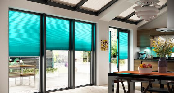 Midas Turquoise Pleated blind -