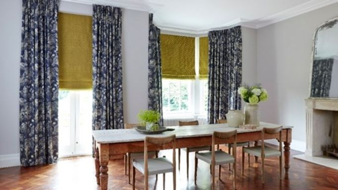 portia-indigo-curtains-and-lattice-pistachio-roman-blinds