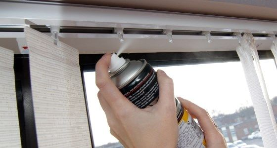 Use silicone spray to clean headrail -