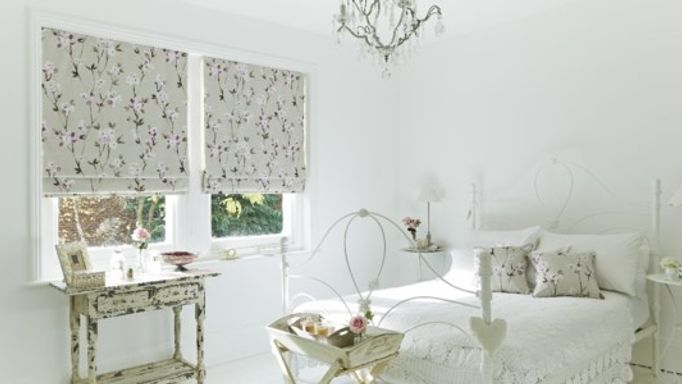 aquarelle roman blind in bedroom