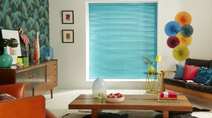 Using venetian blinds to filter sunshine living room