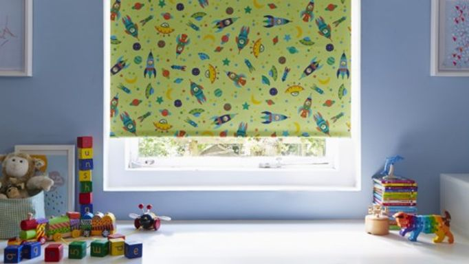 Green space man Roller blind in children's bedroom