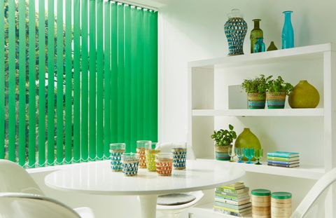 acacia-emerald-vertical-blind-kitchen