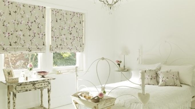 Aquarelle-Mulberry-Roman-blind