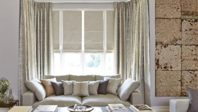 Baroque Natural Curtains and Rodez Linen Roman blind