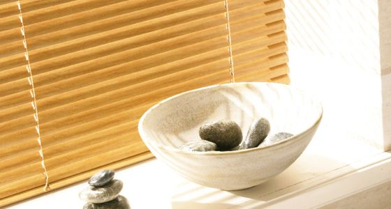 Bathroom wooden blinds -