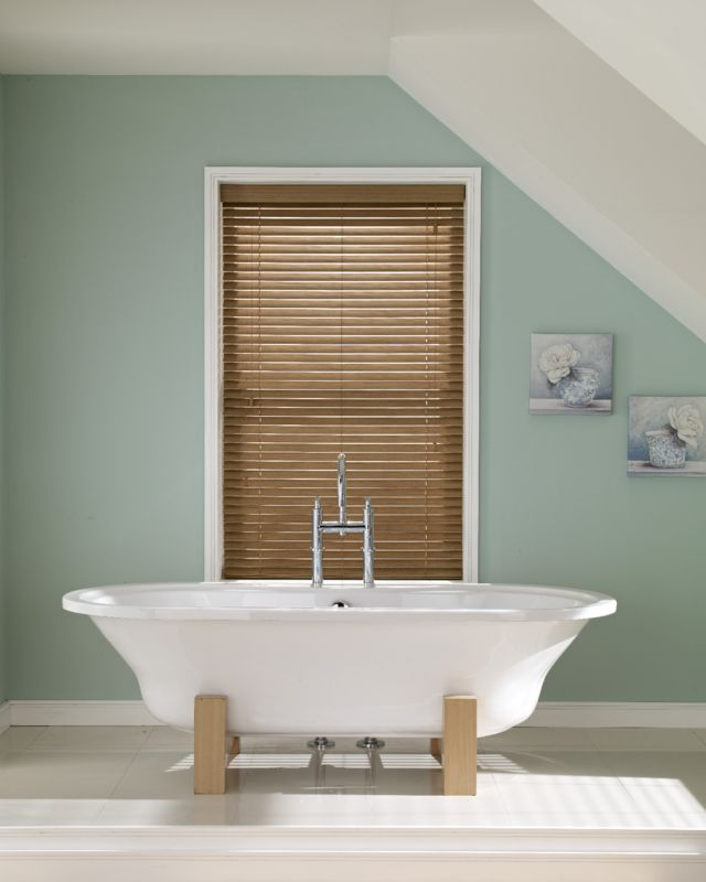 Wooden blinds for bathrooms hillarys for What type of blinds for bathroom