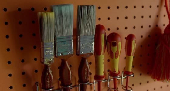 Paintbrushes-stored-in-the-She-Shed -