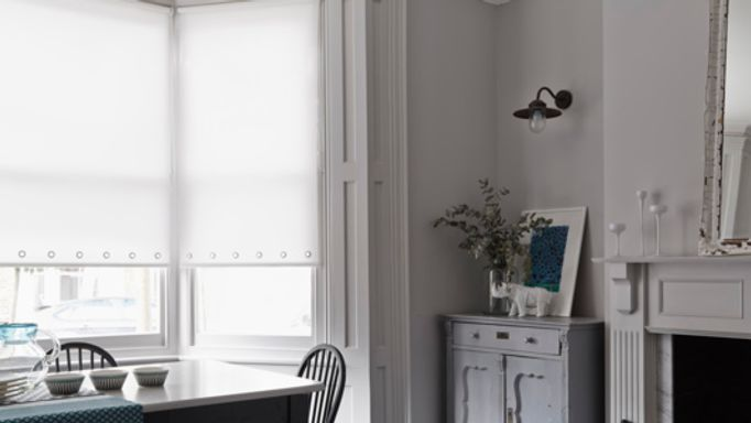 Astrid Ice Roller blind with eyelets