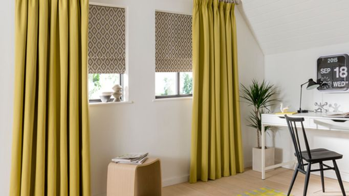 Natur-Tetbury-Mustard-curtains-with-Laverne-Glacier-Roman-blind-home-office