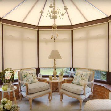 Angela's-cream-conservatory-rollers-acacia-pebble