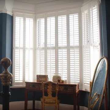 Stacey's-bay-living-room-window-haywood-purity-shutters