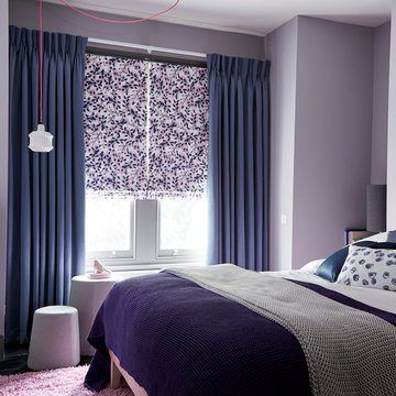 Blue-curtain--bedroom--iris-shadow-Grapeflower-blush-roman-blind