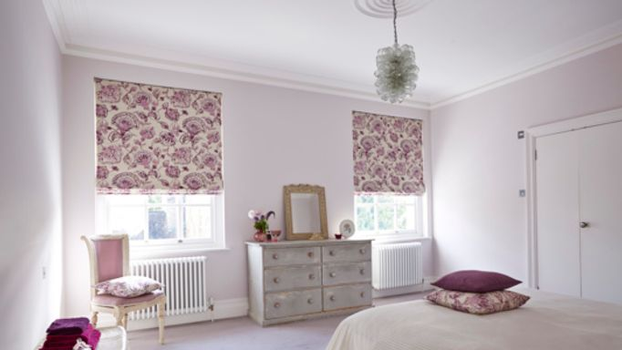 Portia-Quartz-Roman-blind-bedroom