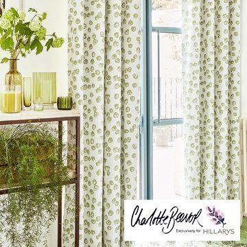 Green-curtain---hall---confetti-zest