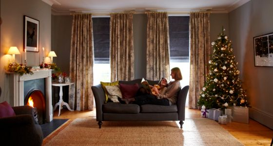 Leyla Jet-Curtains-with-Tetbury Charcoal-Roman blinds -